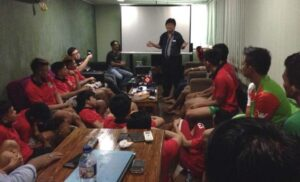 Tim Futsal PON Sumbar Dimotivasi Dr Heryanto Sindra