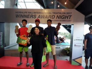Alhberd Hendri Sukses Finish Urutan II Bali Internasional Triathlon