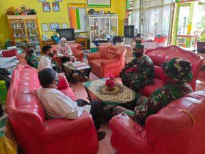 Anggota Satgas TMMD Lakukan Kunjungan Terakhir Ke SDN 01 Talang Maur