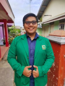 Bivo Muhandeza, Mahasiswa Binaan UPZ Semen Padang Raih Predikat Cum Laude di Unand