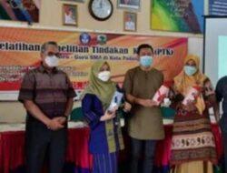 Dosen Antropologi FISIP Unand Beri Pelatihan Penelitian Tindakan Bagi Guru SMA Negeri 15 Padang
